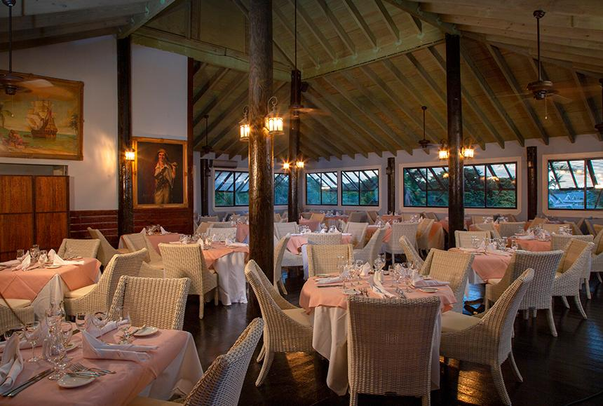 Verandah Rst & Spa - The Verandah Resort & Spa - Buccaneers Restaurant