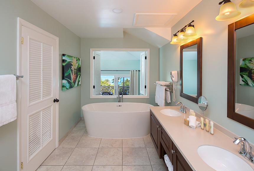Pineapple Beach Club - Pineapple Beach Club Antigua - Chairman's Suite Bathroom