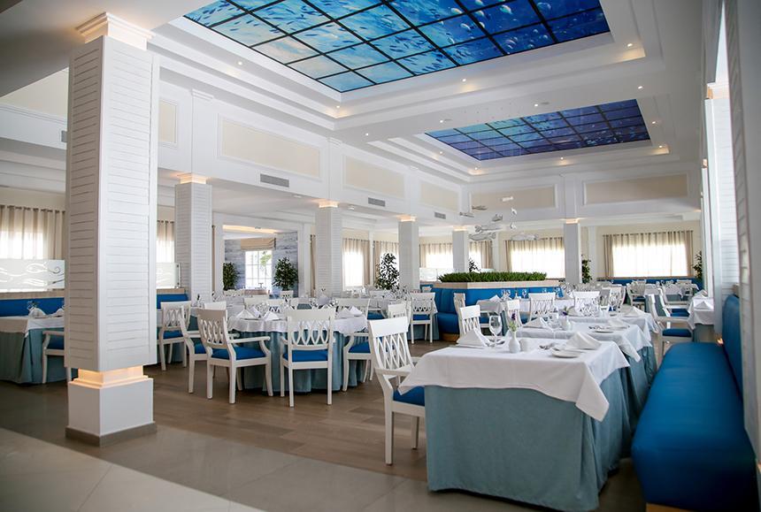 Grand Bahia Principe Aquamarine - Acuario - Main Restaurant