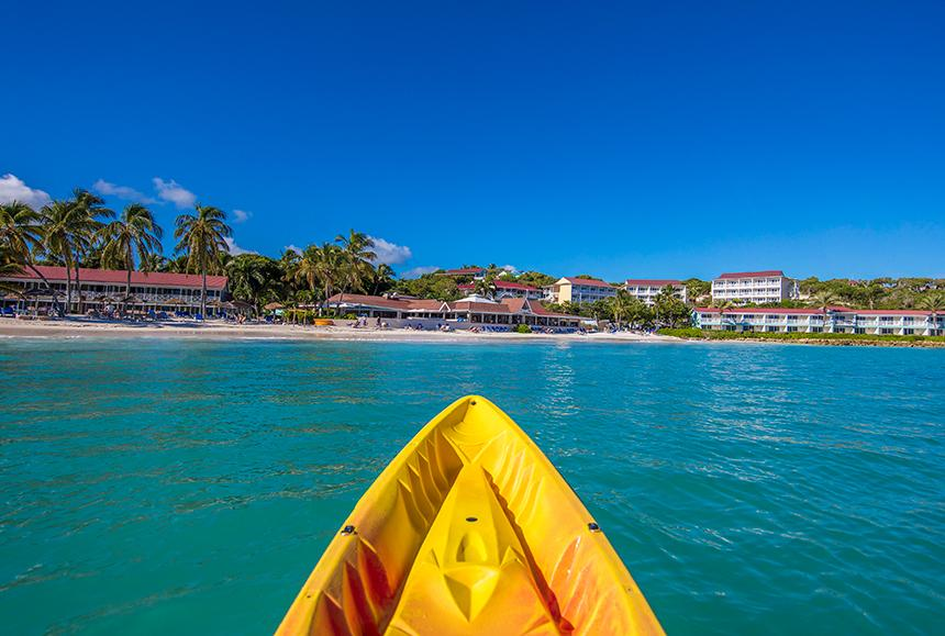Pineapple Beach Club - Pineapple Beach Club Antigua - Kayaking