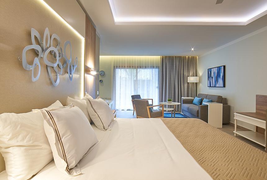 Luxury Bahia Principe Ambar - Junior Suite Deluxe Swim up room