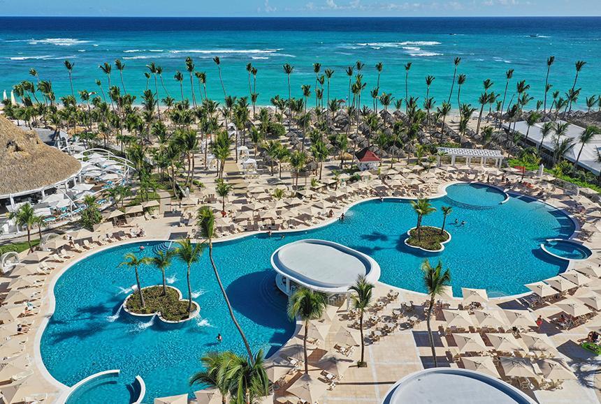Luxury Bahia Principe Ambar - Main Pool / beach