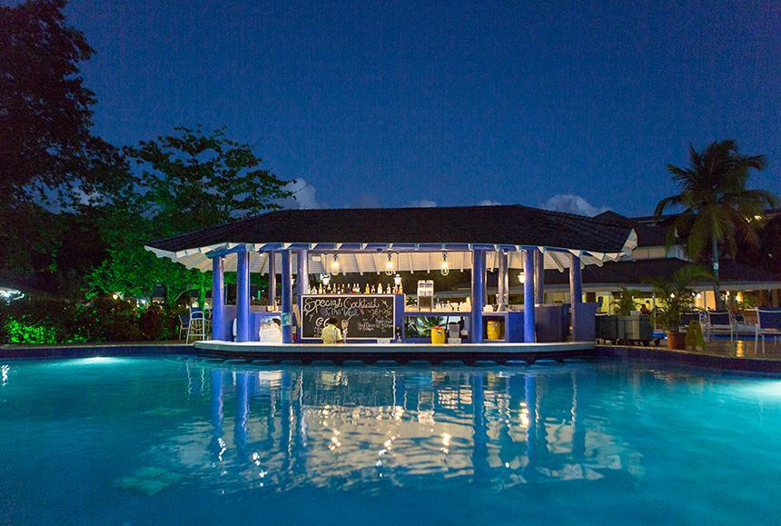 St James Club Morgan Bay -St James Club Morgan Bay  - Lazy Lagoon Swim-Up Pool Bar