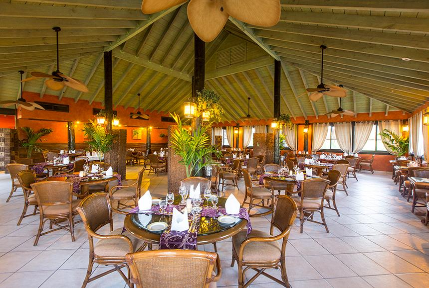 Verandah Rst & Spa - The Verandah Resort & Spa - Nicole's Restaurant