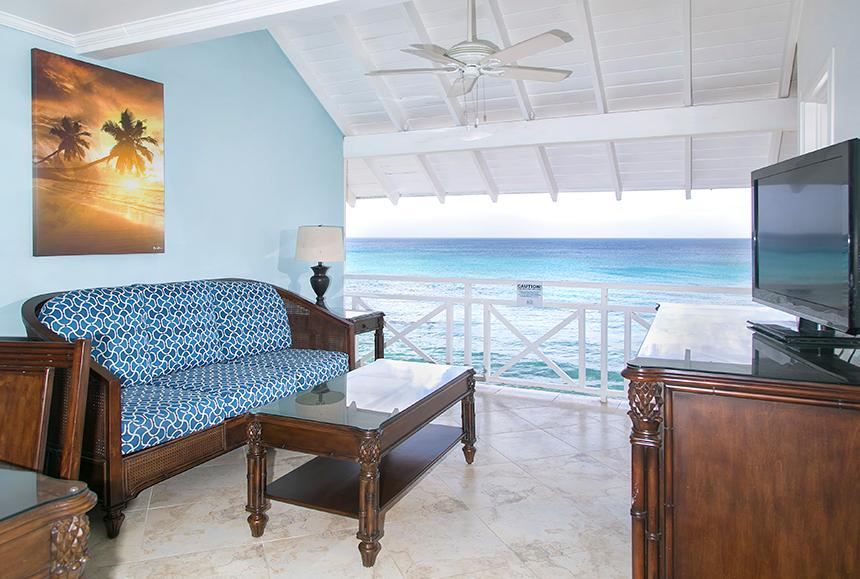 The Club-The Club - One Bedroom Oceanfront Suite Open Air Living Area