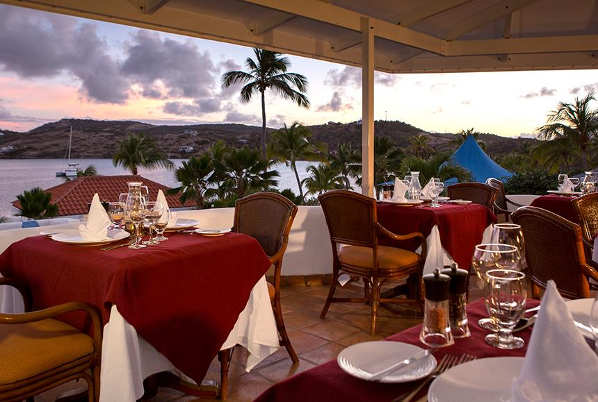 St James Club & Villas - St James Club & Villas - Piccolo Mondo Restaurant