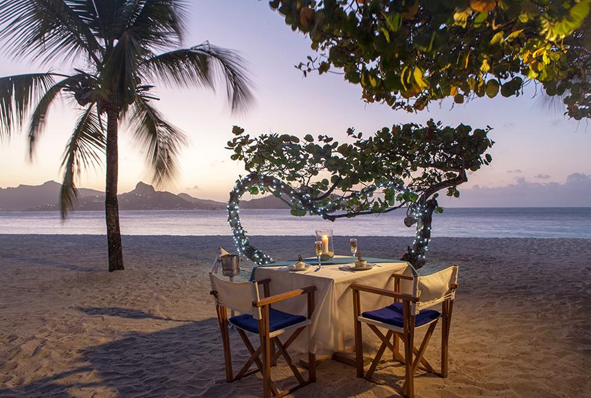Palm Island An Elite Island-Palm Island An Elite Island - Private Beach Dining