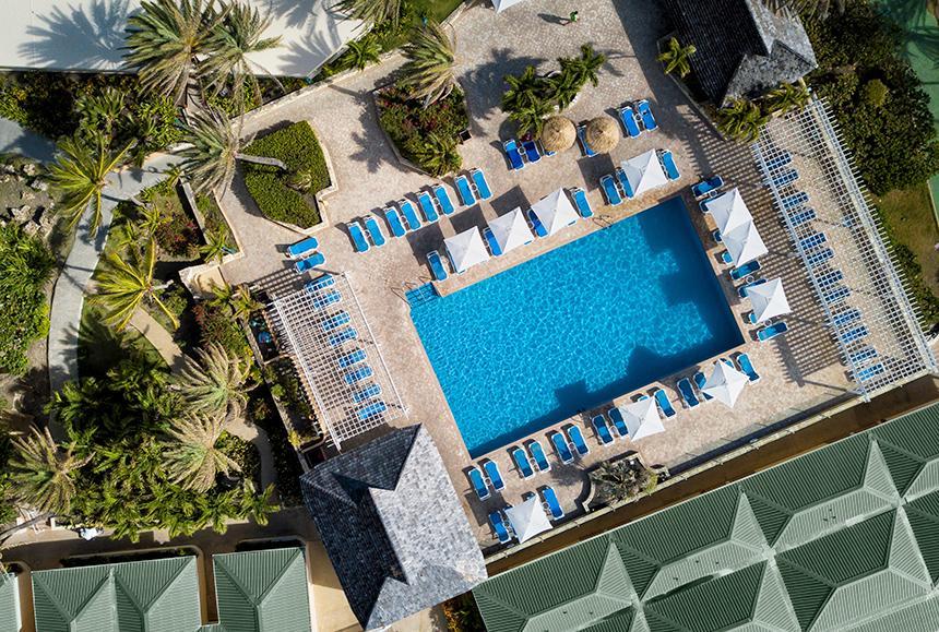 St James Club & Villas - St James Club & Villas - Reef Deck Pool